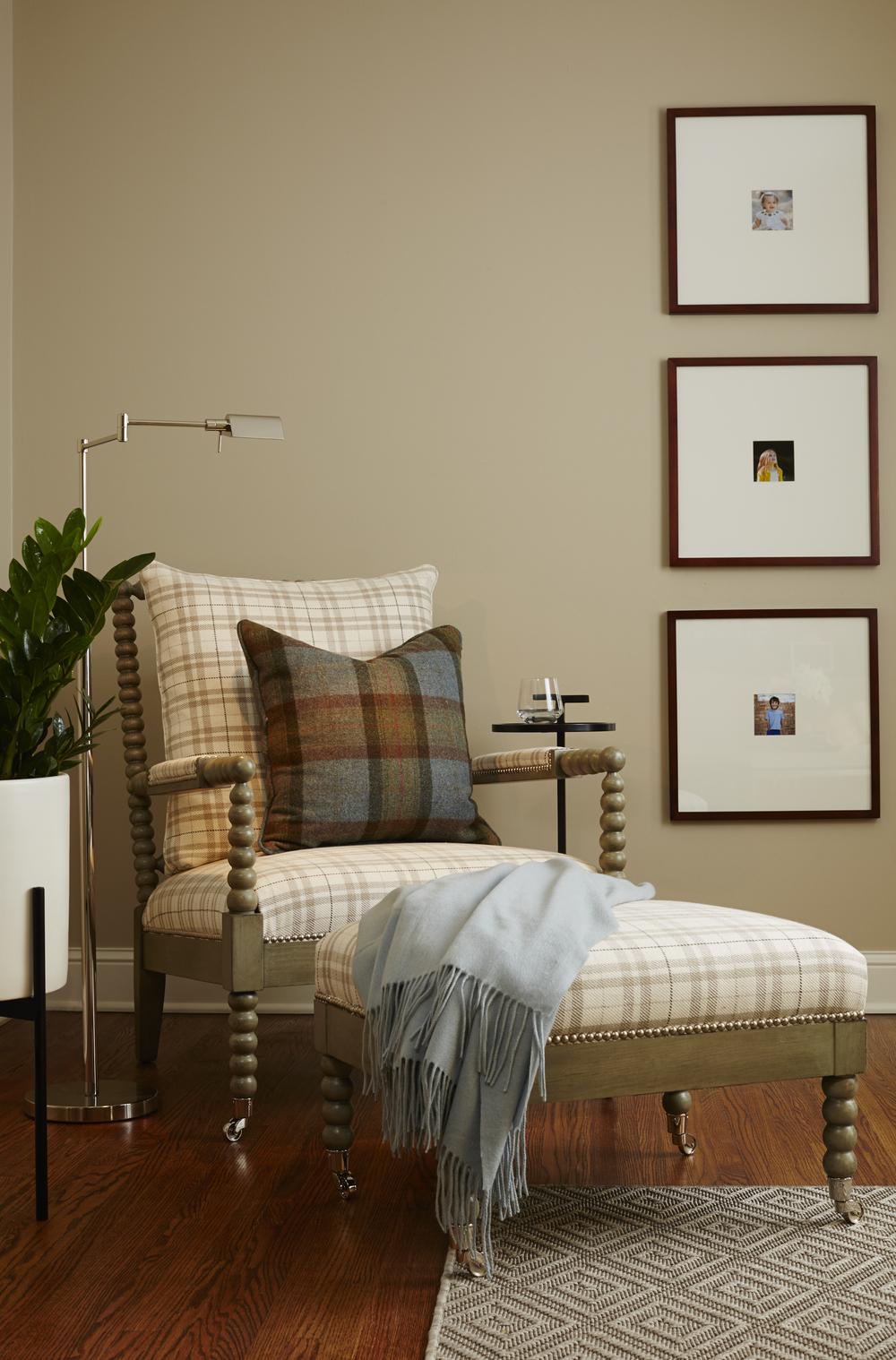 Living Room v5.jpg