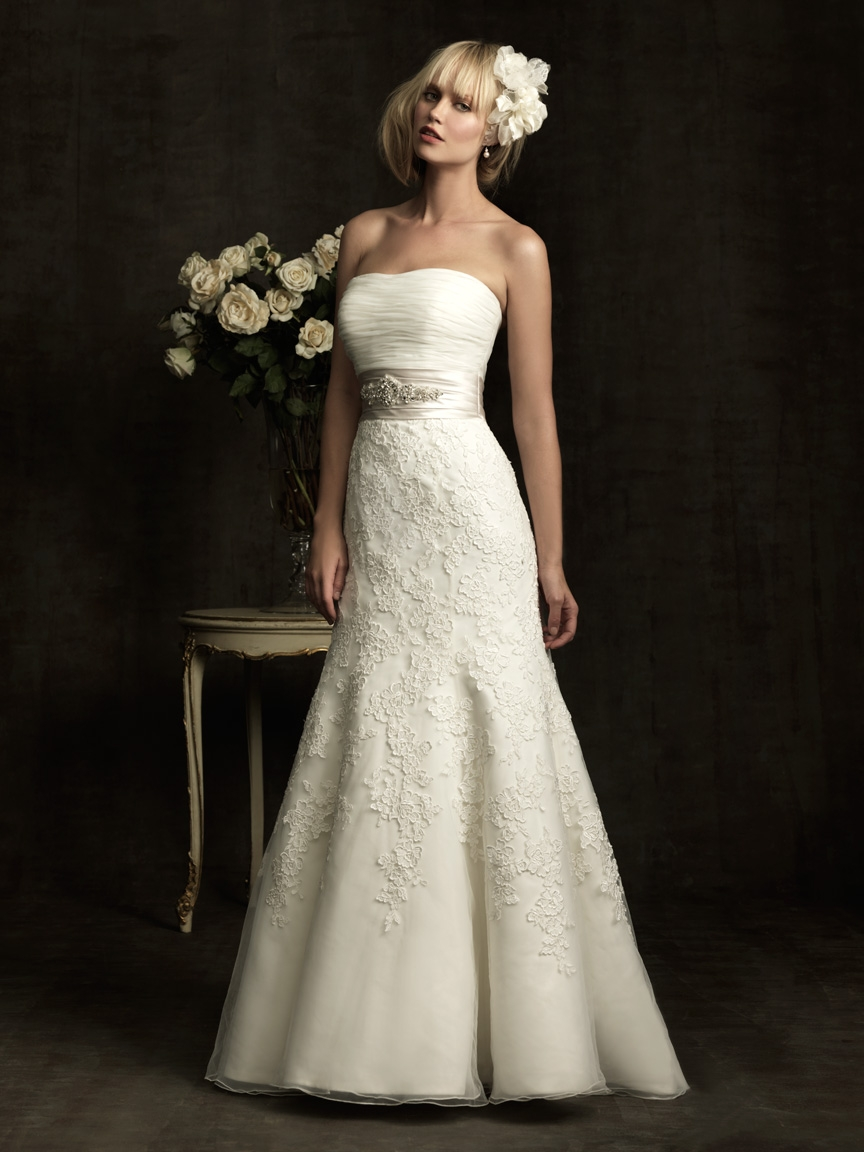 ALLURE BRIDALS/8908  SIZE 12  $1258