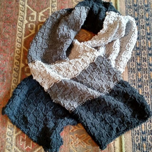 2015 scarf.jpg