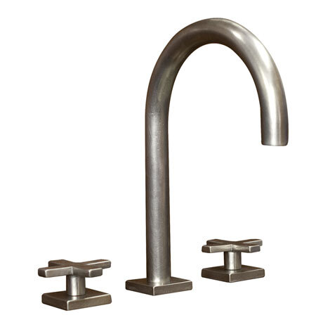 CS LF05 900 P925/LF 901. Goose Neck Lavatory Faucet