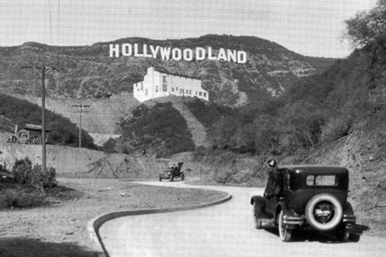 Noir City Film Noir Hollywoodland Sign.jpg