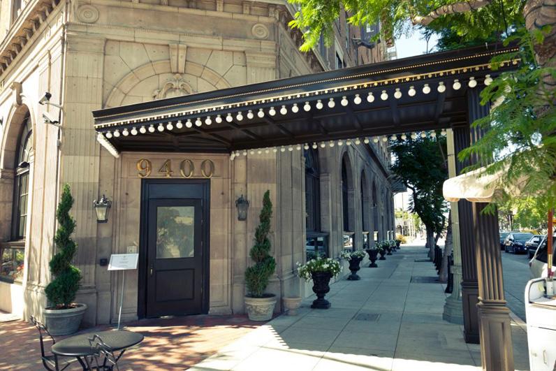 Culver Hotel Entrance.jpg