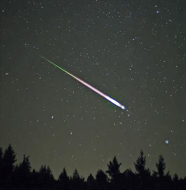 A Leonid meteor.