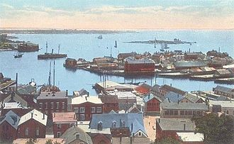 View of Gloucester Harbor, circa 1915.