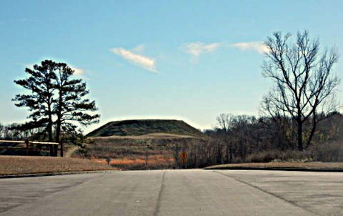 -- Photos of the Great Temple Mound by Linda Gasparello