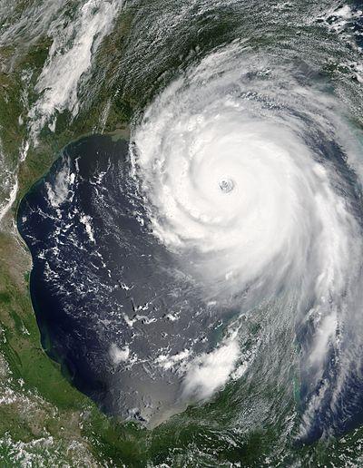 400px-Hurricane_Katrina_August_28_2005_NASA.jpg