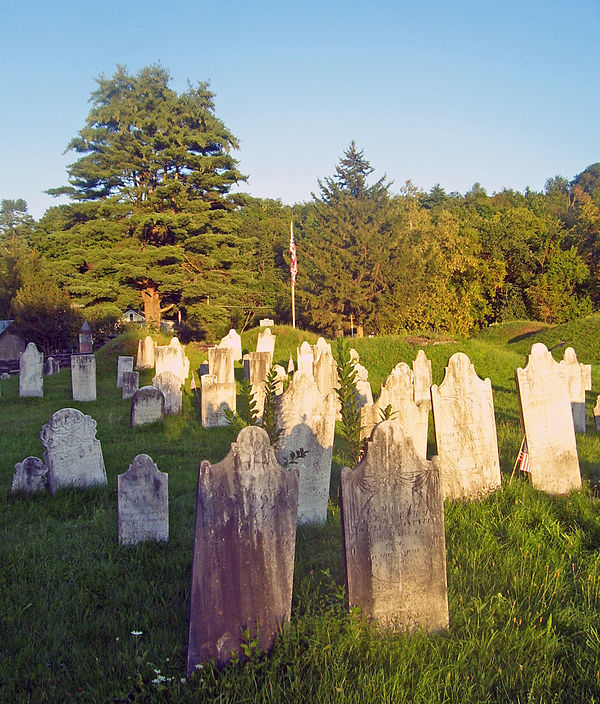 600px-Revolutionary_War_Cemetery,_Salem,_NY.jpg