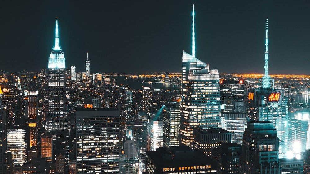 Manhattan_Skyline_night.jpg