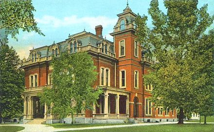 The Colony Mansion, circa 1920. It now houses the Keene Public Library.