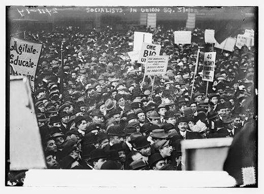 Socialists in    Union Square   , New York City, on    May Day    1912