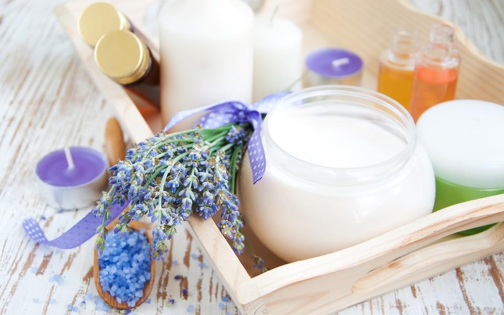 spa_salt_candles_towel_lavender_flowers.jpg