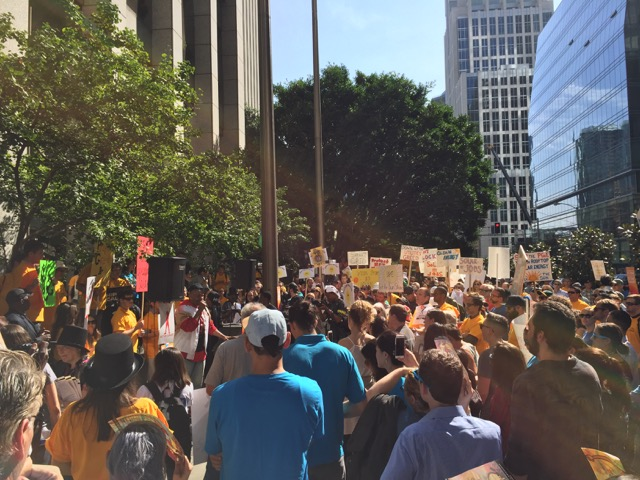 San Francisco, October 14:                                           250 Consumers & Solar Workers Protest PG&E's Attack on Rooftop Solar!