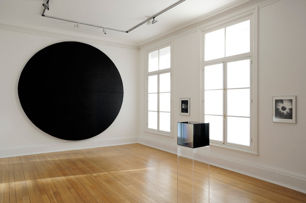 Sunless , Thomas Dane Gallery, London, United Kingdom, 2010.    Wally Hedrick, Larry Bell, and James Welling