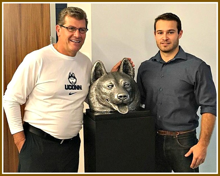 jesse-nusbaum-with-geno-auriemma-and-husky-head.jpg