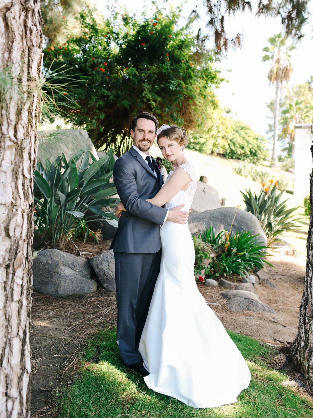 sarahvaldovinophotography_grahamwedding_veritascreativeagency-13.jpg