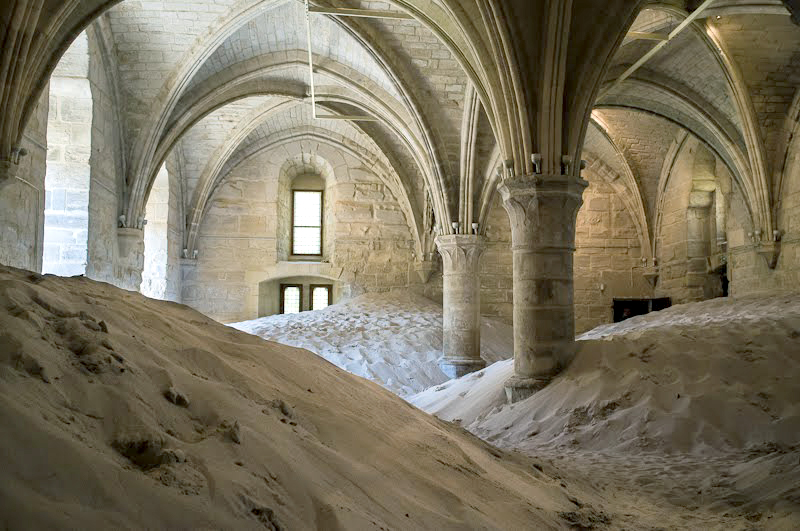 Vincent Lamouroux .  Néguentropie . Installation view, 2012. Abbaye de Maubuisson, Maubuisson FR. Courtesy of the artist