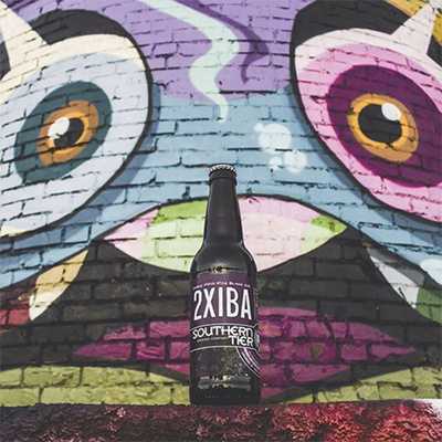 To close out the month of October, we'll be showing off some of our favorites from @stbcbeer. Southern Tier is responsible for some of the best fall seasonals in the game including 2xIBA. This dark, malty black ale is packed with muscovado sugar and 8% ABV. We're happy to see this one back in the lineup. Wall art by@patchwhisky.