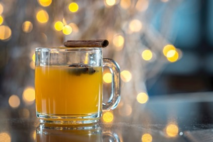 Happy National Hot Toddy Day! Celebrate and warm up tonight at @TheRoofNY with their special Rooftop Toddy