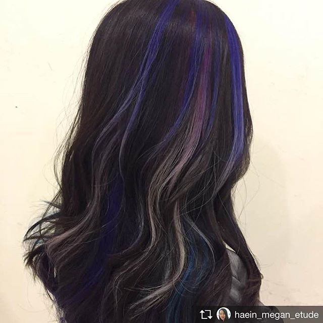 Add a splash of color to your hair⭐️ #highlights done by Haein @haein_megan_etude ❤  #etudelounge  #etudeloungektown #hairsalon #losangeles #haircolor #hairstyle #hairinspo #perm #haircut #hairtransformation #ombre #balayage #머리 #헤어 #미용실 #엘에이미용실 #옴브레 #염색 #웨이브머리 #koreatown #엘에이 #instagood #instadaily #instafriend #hairsalon #ヘアサロン #팔로우 #소통 #hoyuprofessional #hoyu