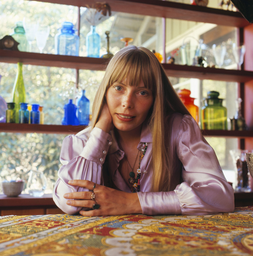 Joni Mitchell at home in Laurel Canyon, Los Angeles 1968  Photo ©Baron Wolman / Iconic Images