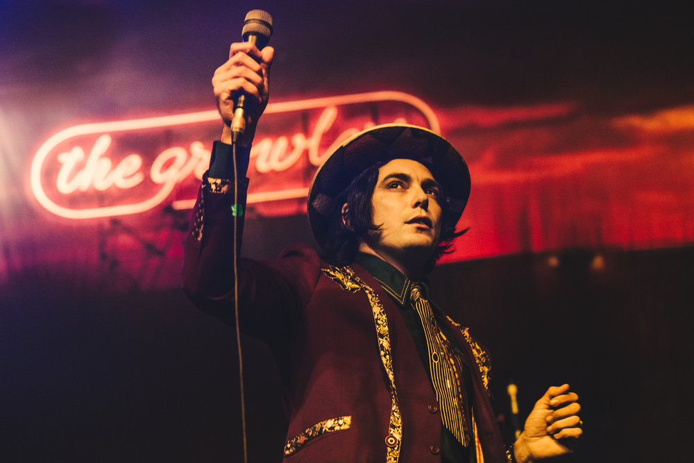 Brooks Nielsen (of The Growlers) shot by Carolina Faruolo.