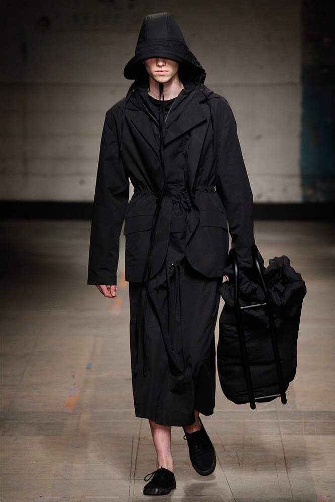 Craig-Green-AW17-Menswear-KOKO-TV-25.jpg