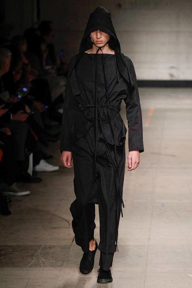 Craig-Green-AW17-Menswear-KOKO-TV-26.jpg