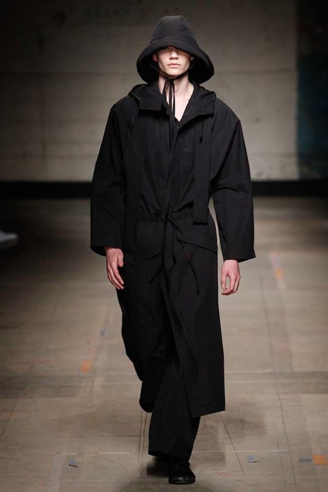 Craig-Green-AW17-Menswear-KOKO-TV-27.jpg