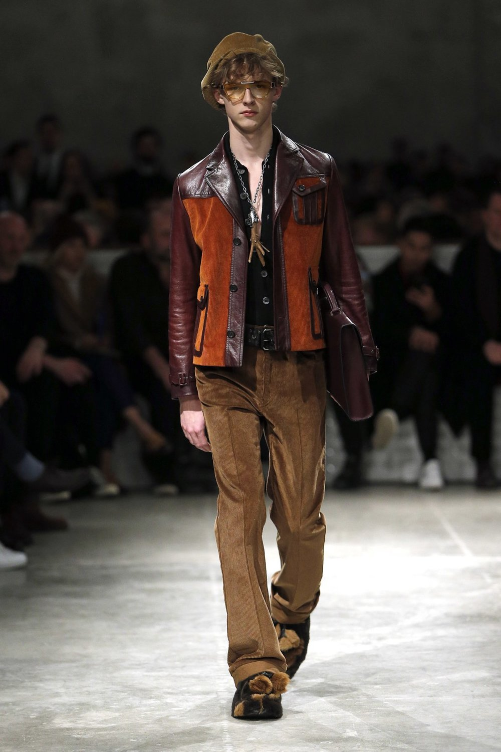 prada_look_19_2017_aw_mens.jpeg
