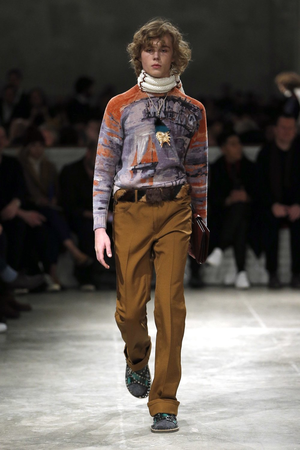 prada_look_29_2017_aw_mens.jpeg