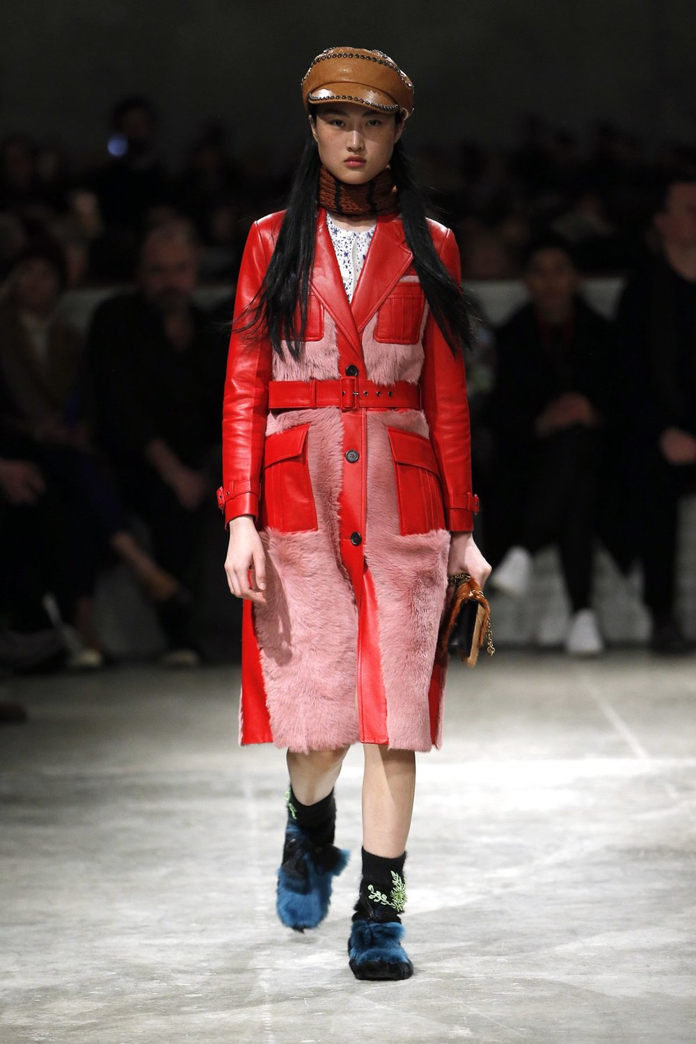 prada_look_41_2017_aw_mens.jpeg