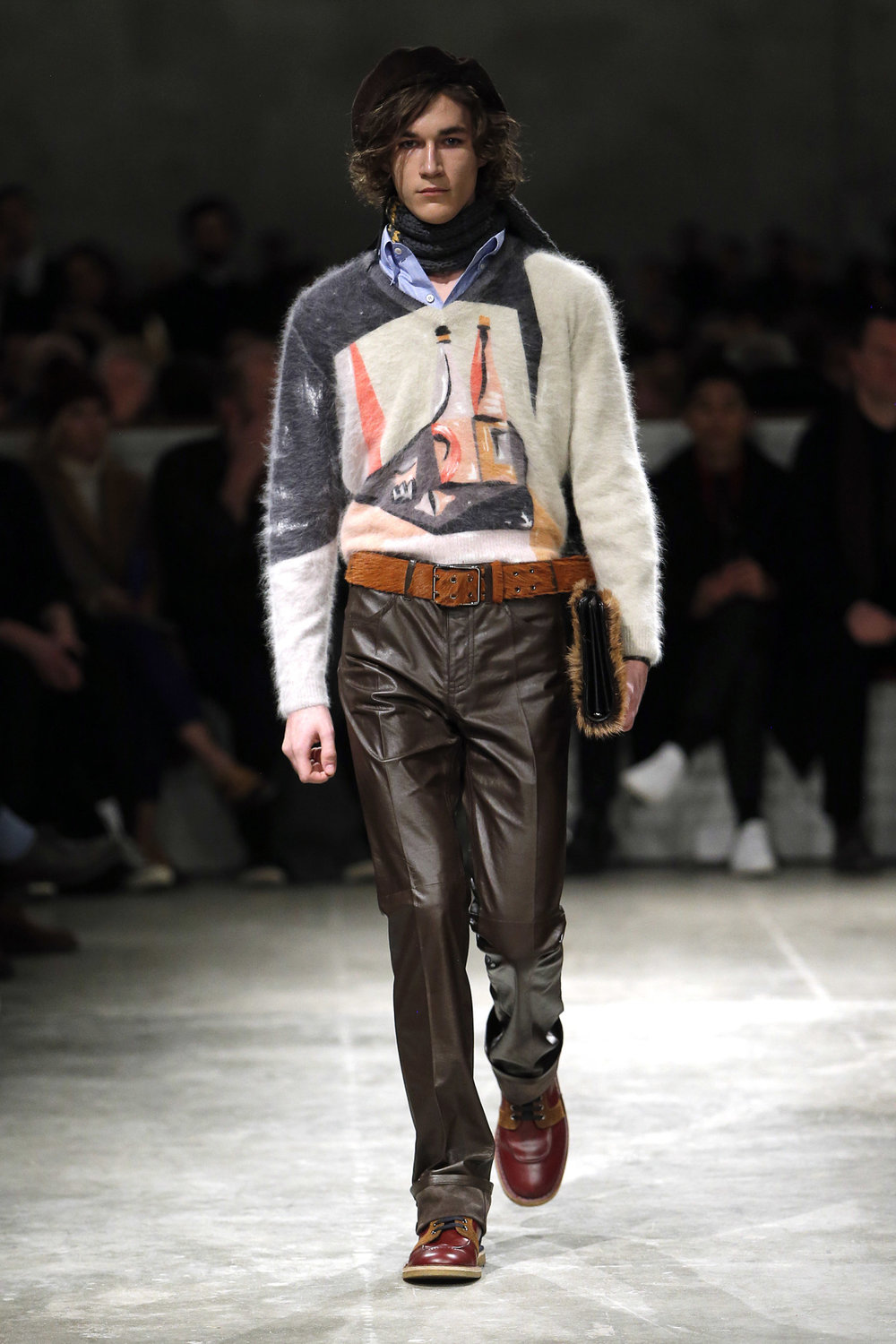 prada_look_43_2017_aw_mens.jpeg