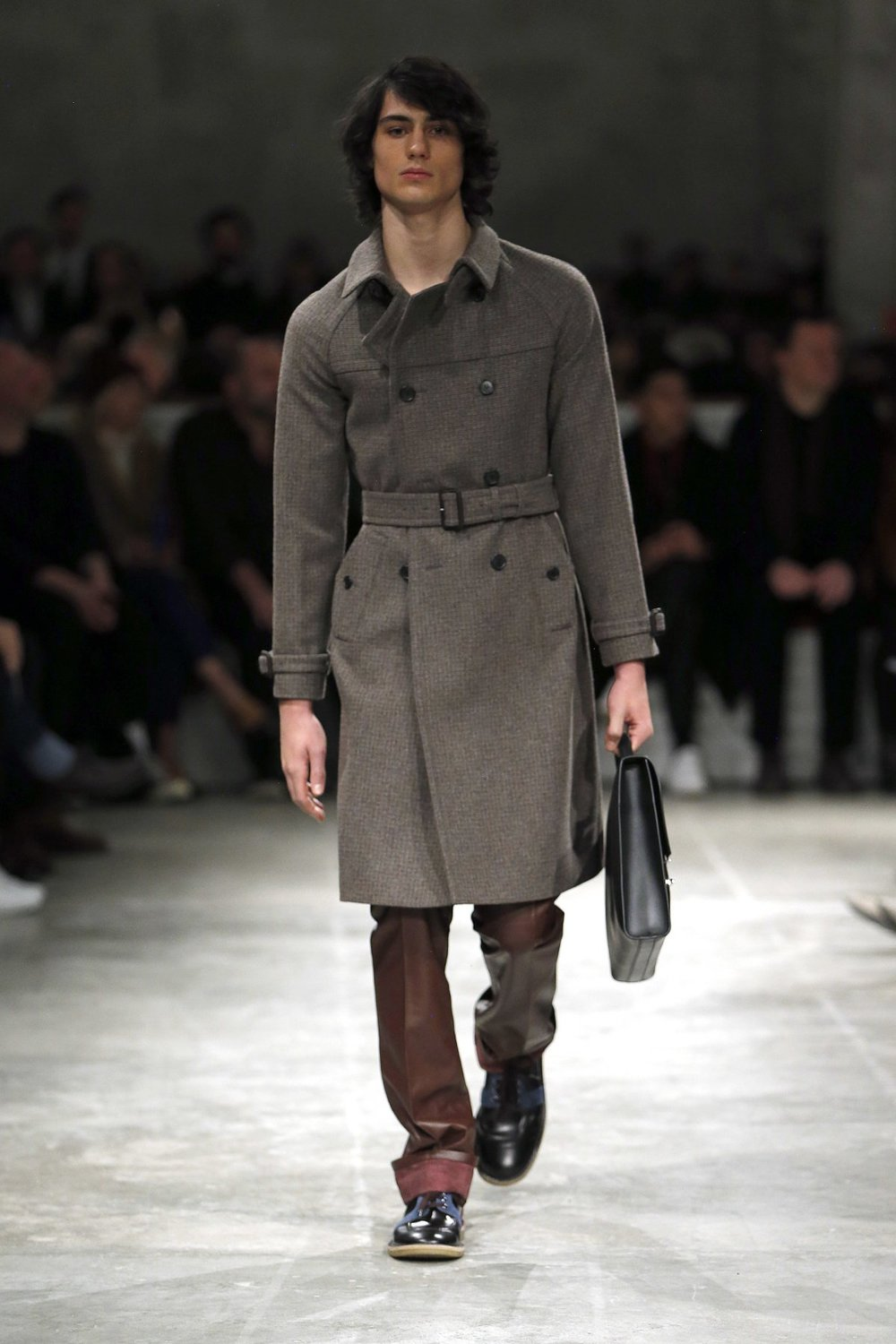 prada_look_47_2017_aw_mens.jpeg