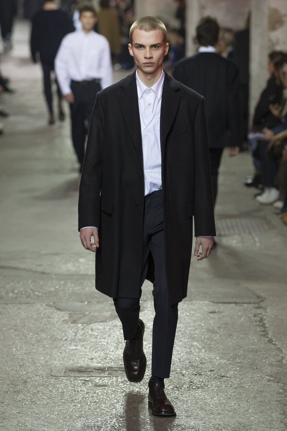 dries_van_noten_look_8_2017_aw_mens.jpeg
