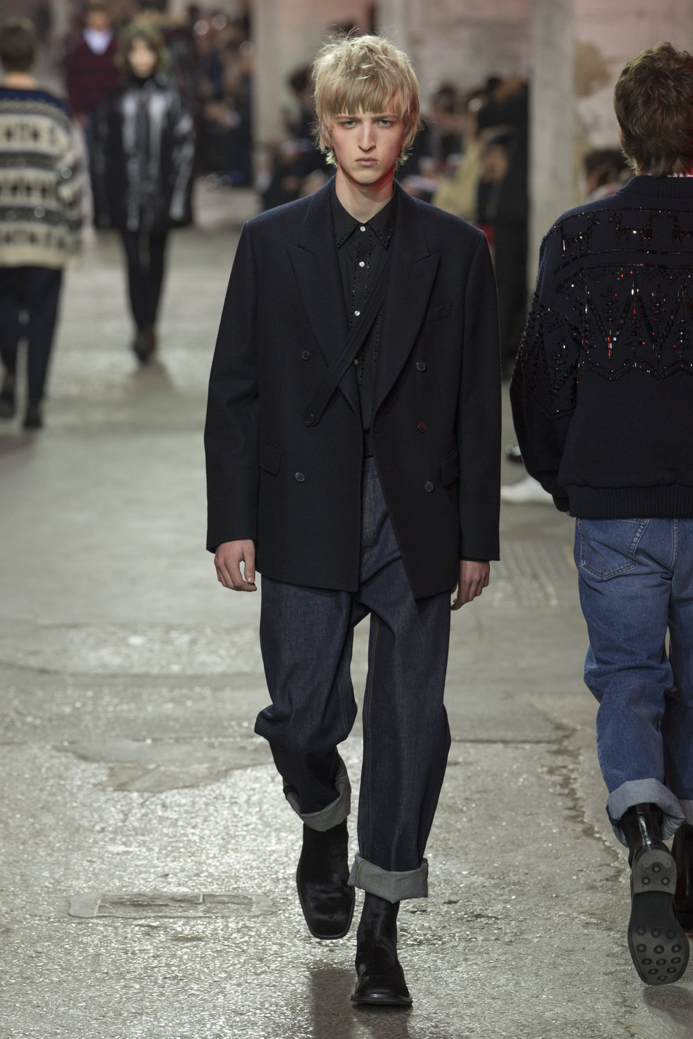 dries_van_noten_look_30_2017_aw_mens.jpeg