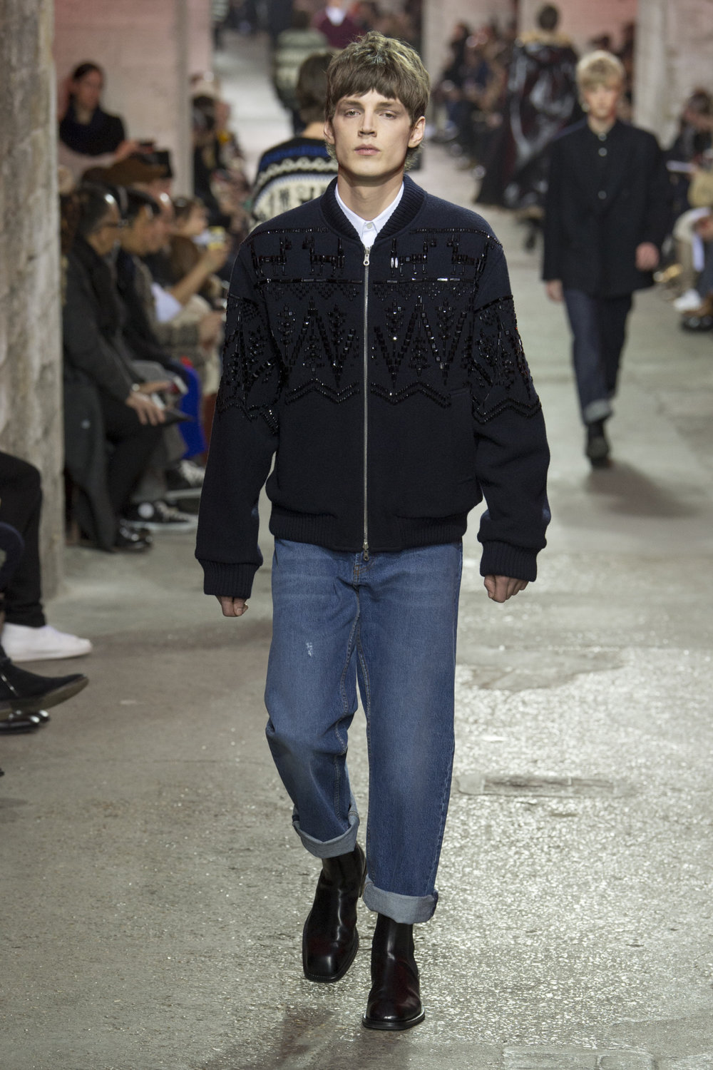 dries_van_noten_look_29_2017_aw_mens.jpeg