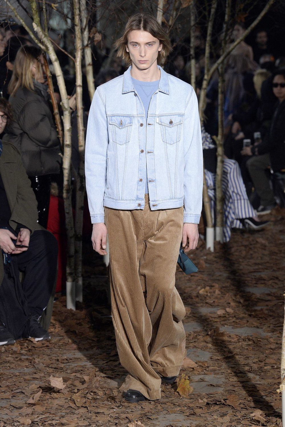 off_white_look_4_2017_aw_mens.jpeg
