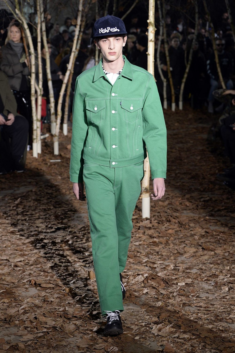off_white_look_24_2017_aw_mens.jpeg