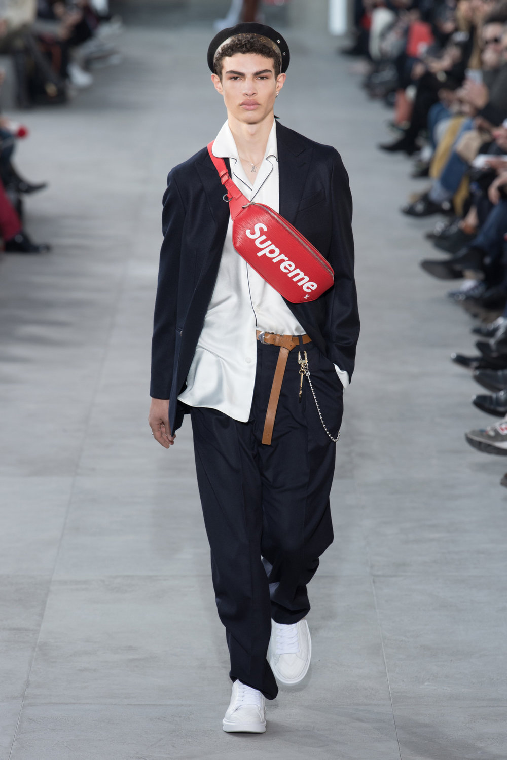 louis_vuitton_look_1_2017_aw_mens.jpeg