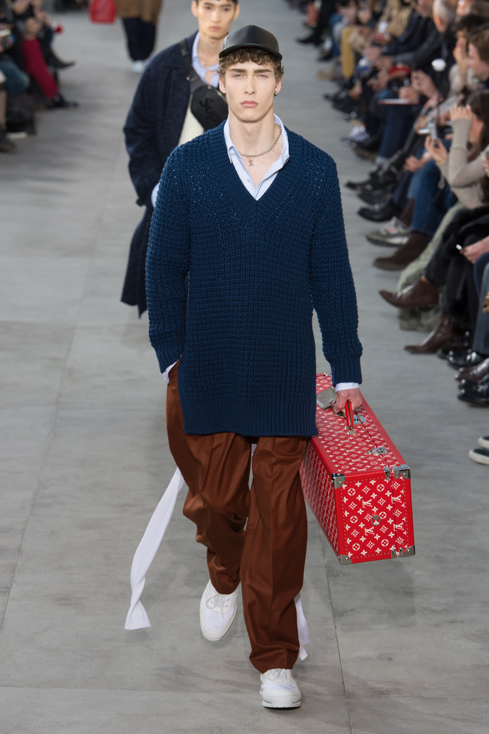 louis_vuitton_look_4_2017_aw_mens.jpeg