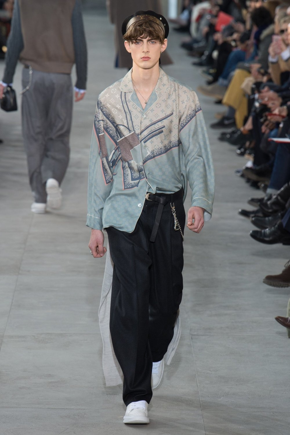 louis_vuitton_look_17_2017_aw_mens.jpeg