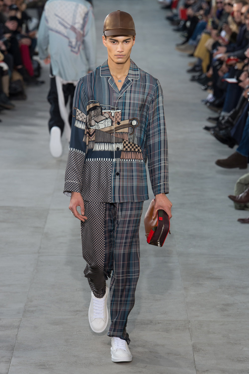 louis_vuitton_look_19_2017_aw_mens.jpeg