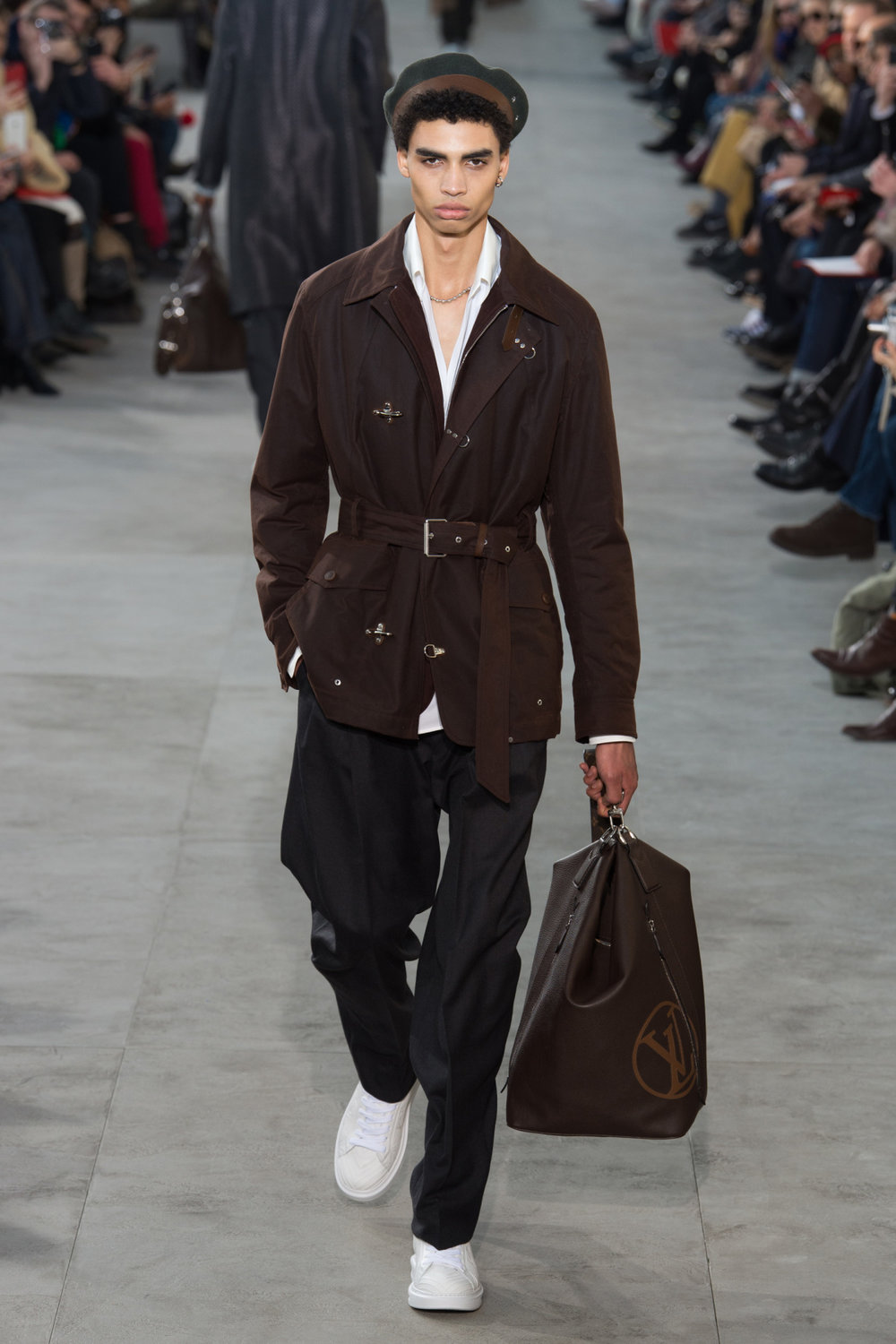 louis_vuitton_look_21_2017_aw_mens.jpeg