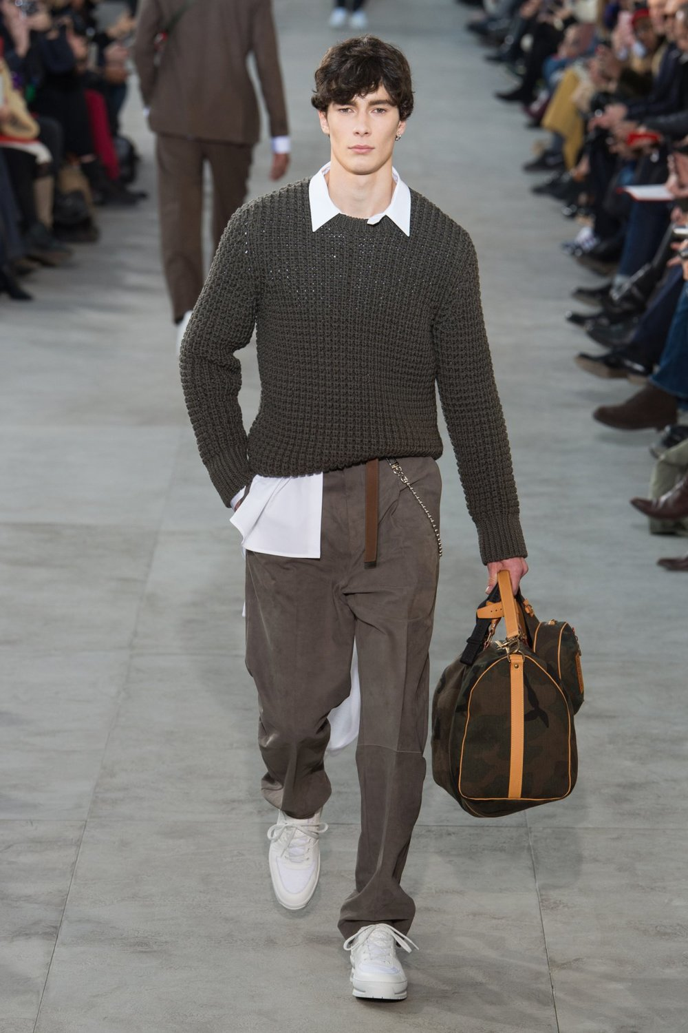 louis_vuitton_look_26_2017_aw_mens.jpeg