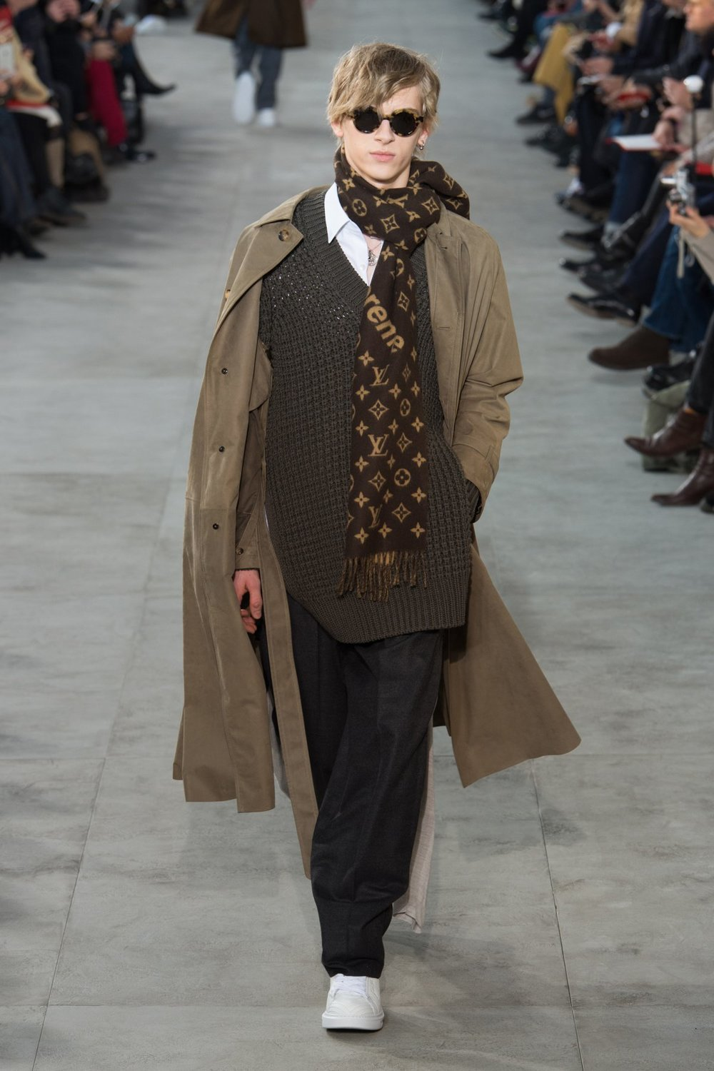 louis_vuitton_look_28_2017_aw_mens.jpeg