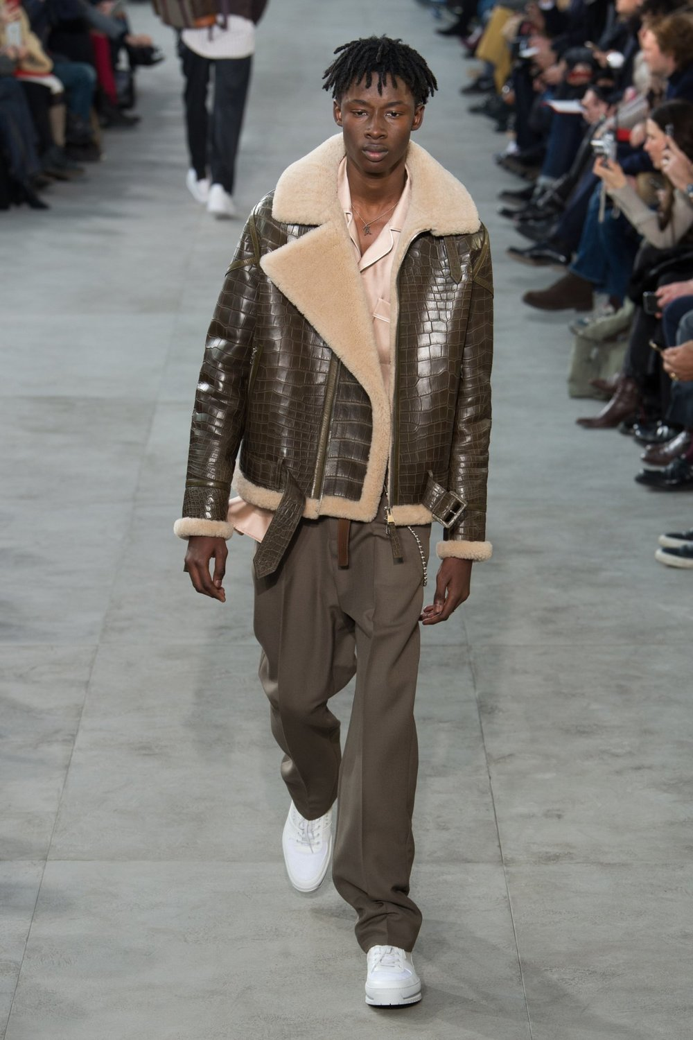 louis_vuitton_look_32_2017_aw_mens.jpeg