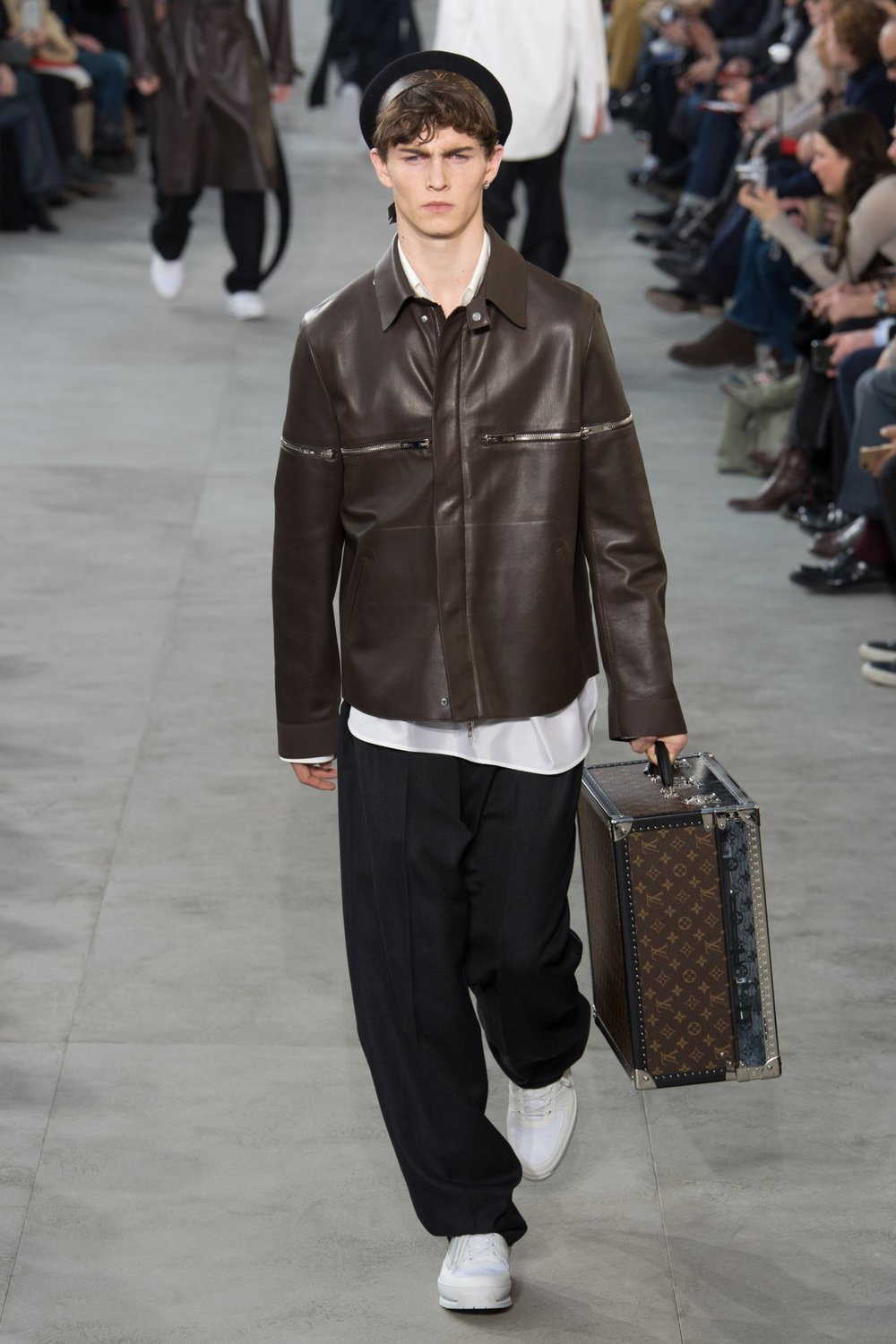 louis_vuitton_look_39_2017_aw_mens.jpeg