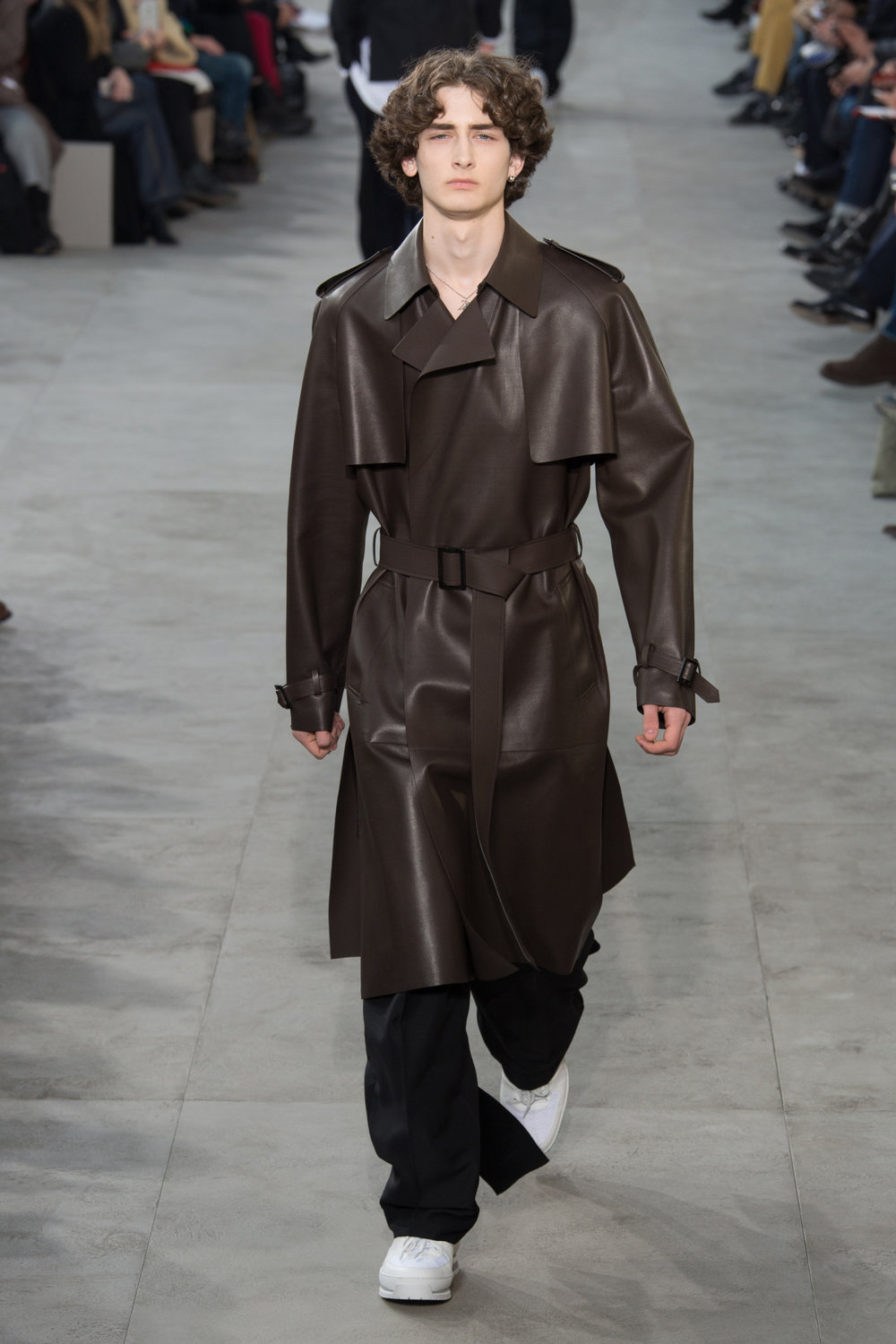 louis_vuitton_look_40_2017_aw_mens.jpeg