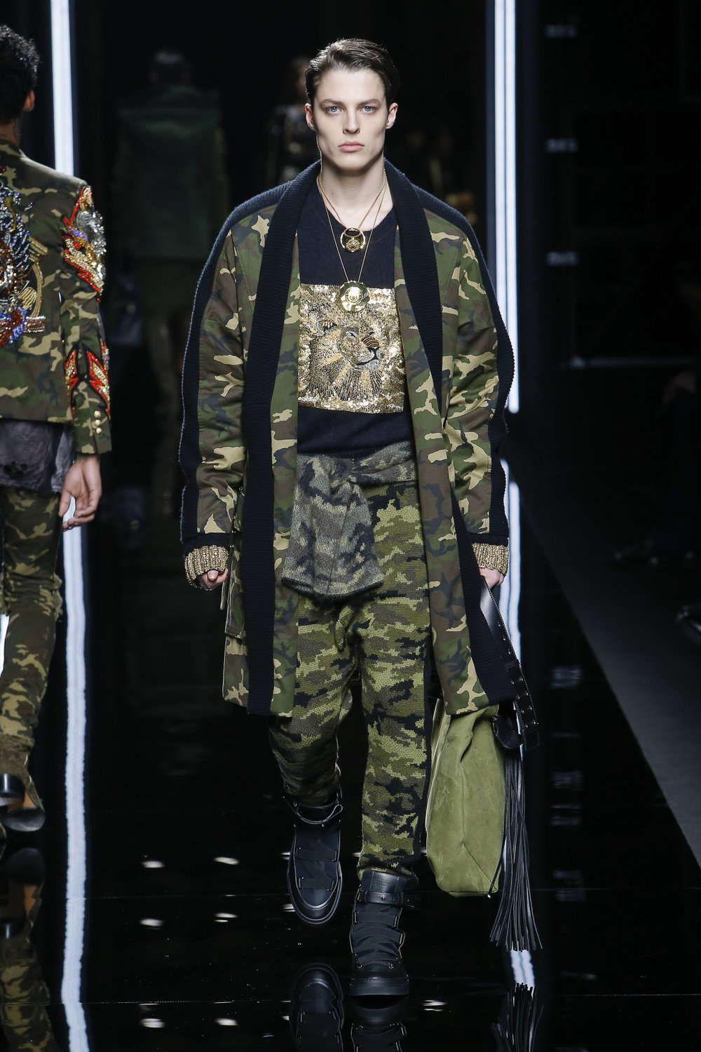 balmain_look_6_2017_aw_mens.jpeg