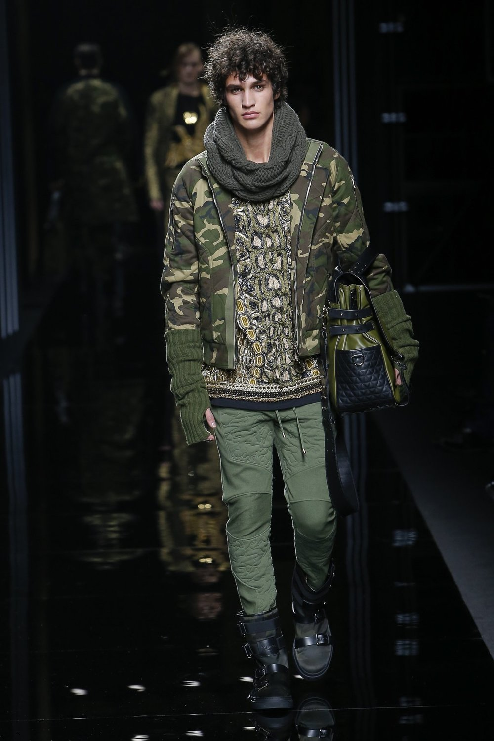 balmain_look_8_2017_aw_mens.jpeg